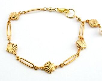Gold Chain Bracelet, Shell Chain Bracelet, Stacking Bracelet, Beach Jewelry, Tennis Bracelet