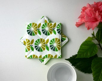 Retro Coasters Set of 4. Retro Apples in Green and White - Set of 4 - Reversible Double-sided