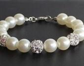 Pearl bracelet, bridesmaid bracelet, wedding bracelet, pearl and rhinestones, wedding gift, bridesmaid gift, bridal jewelry, ivory pearl