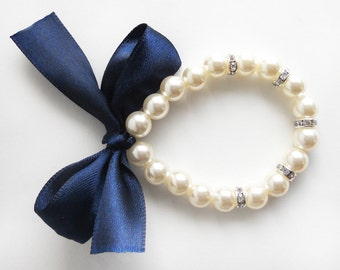 Pearl bracelet, navy blue, flower girl bracelet, bridesmaid bracelet, junior bridesmaid, navy blue wedding, bridal party gift