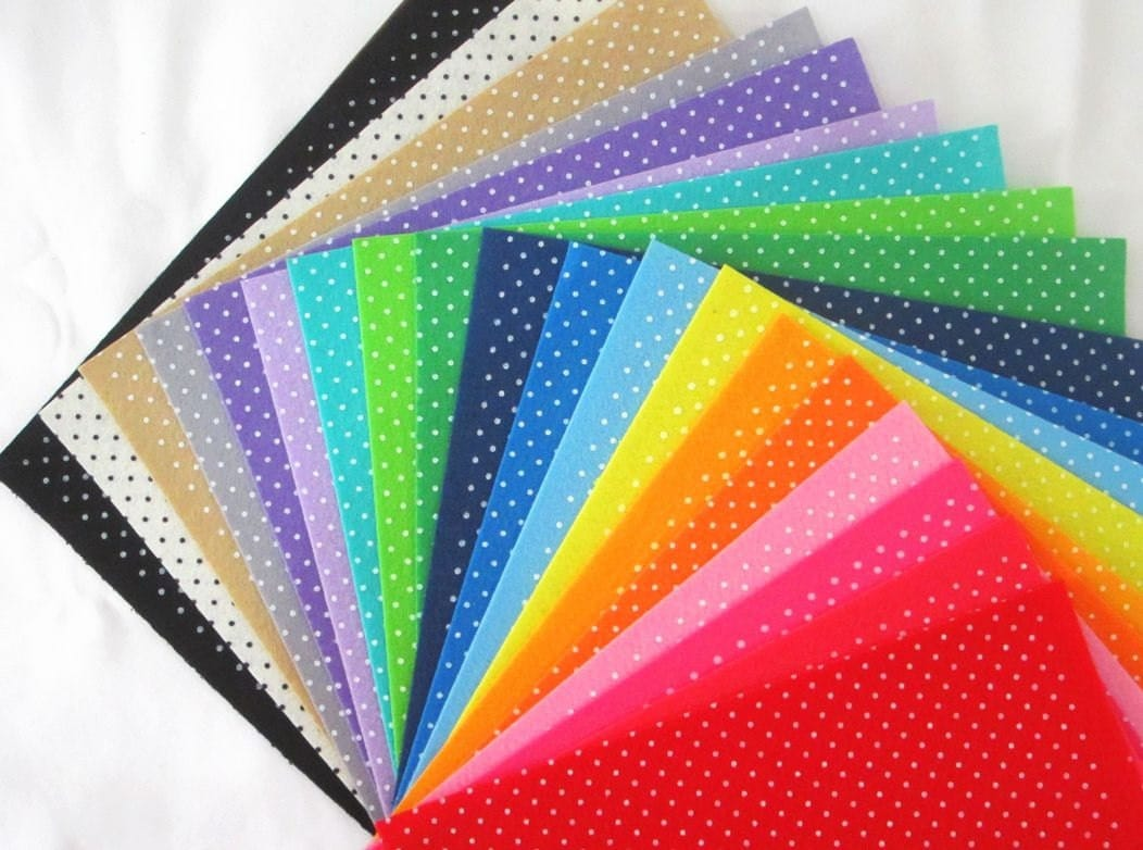 Printed felt fabric group polka dot design 30x30cm 20 for Polka dot felt fabric