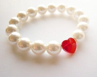 Romantic Pearl Bracelet with red Swarovski heart bead