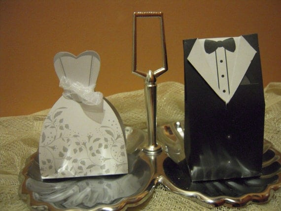 Handmade Wedding Gifts For Bride And Groom: Items Similar To Bride And Groom DIY Wedding Favor Gift