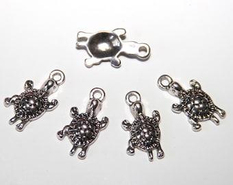 5 Pcs. charms/ metal pendants turtle / 12x23mm / antique silver tone  A092