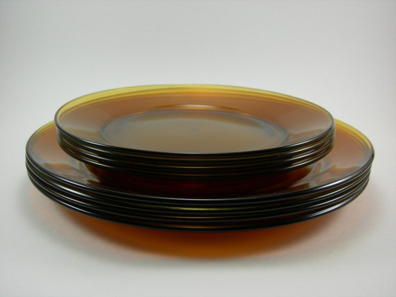 Arcoroc France Vintage Amber Glass Plate Set Of Eight 8