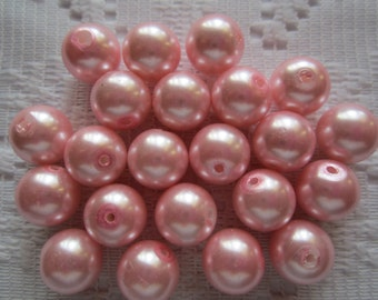 22  Pinky Pink Round Glass Pearl Beads  10mm