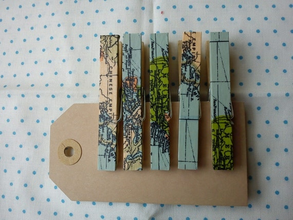 World map magnets clothespins pegs
