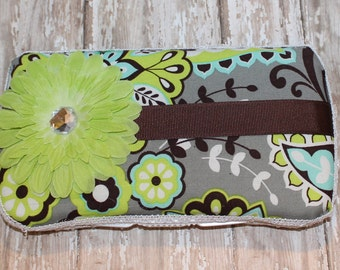 Paisley and Polka Dot Diaper Wipe Case with Green Gerber Daisey Accent