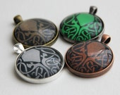 """Cthulhu Pendant - For Horror and Lovecraft fans - 30mm - 1,2"""""""