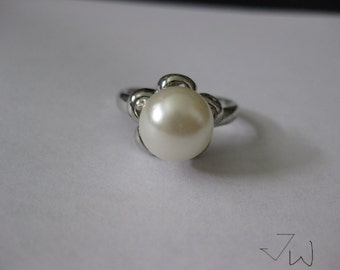 Freshwater Pearl Silver Plated Ring