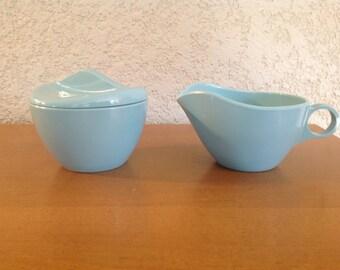 Windsor Melmac covered sugar bowl and creamer in light blue