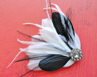 LINNY Black and White Feather Hair Clip, Feather Fascinator