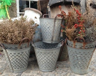 10 quantities of Rustic Olive  Basket,Olive  Bucket,Vintage Bucket Basket