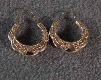 Vintage  Sterling Silver Yellow Gold  Overlay Fancy Scrolled Etched Bold Pierced Hoop Earrings