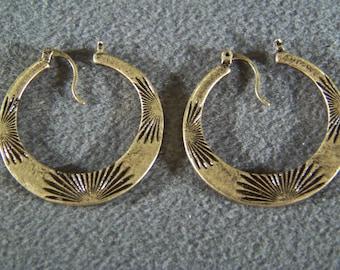 Vintage Yellow Gold Tone Fancy Etched Bold Wide Pierced Earrings