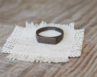 """Antique ring ... 3/4 """""""