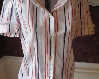 Size 7/8 Vintage Bryn Mawr/Bobbie Brooks Red/White/Blue/Short Sleeve Shirt