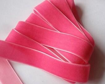5 yards 7/8 inches Velvet Ribbon in Bubblegum Pink RY78-041
