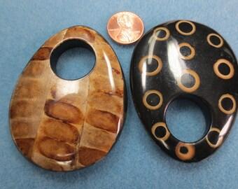 1 Eco Pendant Bamboo Eye & Seed Pod - Item 2077