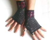 Fingerless gloves black burgundy  free ship