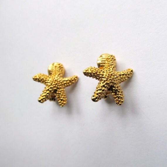 gold starfish earrings tiny earrings clip by verygeraldine