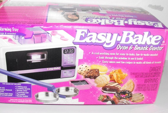 Vintage 90s Easy Bake Oven And Snack Center Working With