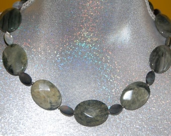 Handmade holistic necklace made of Actinolite faceted and Mother of Pearl oval flat beads