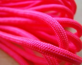 10 feet - 550 Paracord - Neon Pink