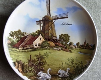 Holland Souvenir Plate