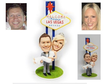 Personalised wedding cake topper - Happy Couple  (Free shipping)