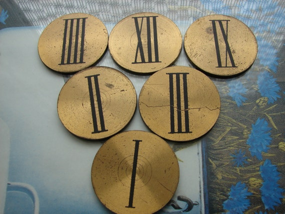 Vintage Set of Clock Numbers from one clock -- BRASS numbers -- Art Steampunk supplies -- Clock Parts