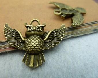 20 Antique Bronze Silver 24x30mm Owl Charms Pendants Wholesale AC2327