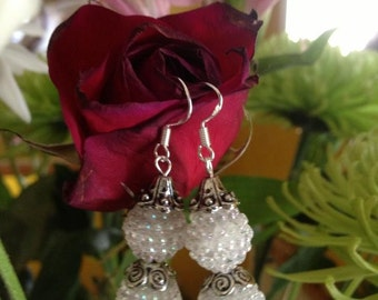 Earrings - white beaded (snowman)