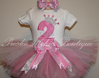 Birthday Princess tutu set.  Can be made in any color scheme that you wish! Set includes shirt, tutu & hair bow.