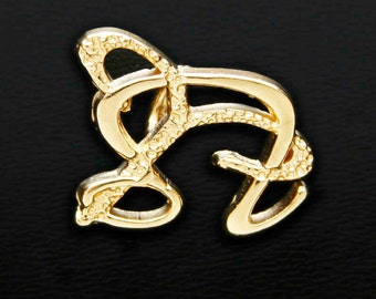 5 Aries and Leo Gold Unity Pendant