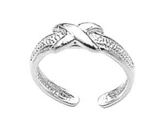 """One size fits all Sterling silver polished finish """"X"""" toe ring"""