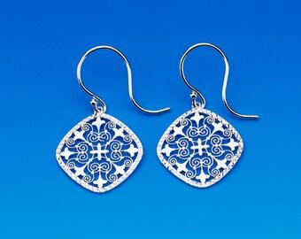 Sterling Silver Diamond Shaped Earrings