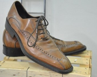 Vintage Brown Leather Men Shoes size 40 eu / 7.5 us....(015)