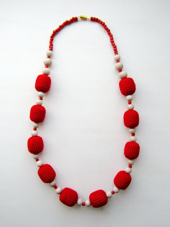 Red Ball Crochet Necklace with Beige Beads - Bow Necklace - Crochet Jewelry  - Crocheted Necklace - FREE SHIPPING