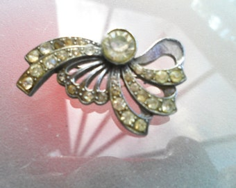 Vintage art deco steampunk goth victorian brooch encrusted with glittering rhinestones