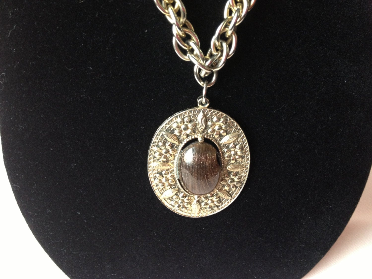 Swank vintage gold tone and tigers eye necklace 1950s or 1960s for What is swank jewelry