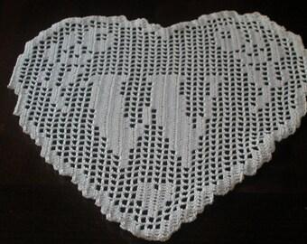 """PATTERN crochet filet schema lettera """"W""""  MONOGRAMMA  a  cuore fatto all'uncinetto filet.pdf"""