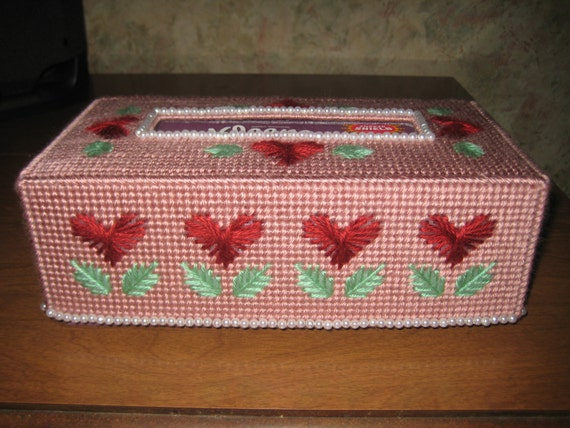 beautiful beaded tissue box cover by craftydonnas on