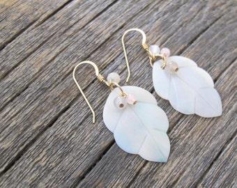 Leaf shell earrings