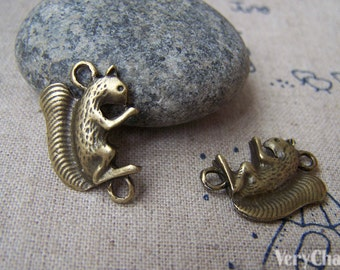 10 pcs of Antique Bronze Squirrel Connector Charms 16x23mm A639