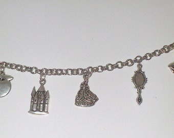 "Charms Bracelet ""Snow white"""