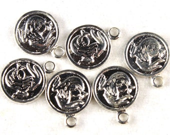 6x Vintage Silver Plated Capricorn Charms - M029-A