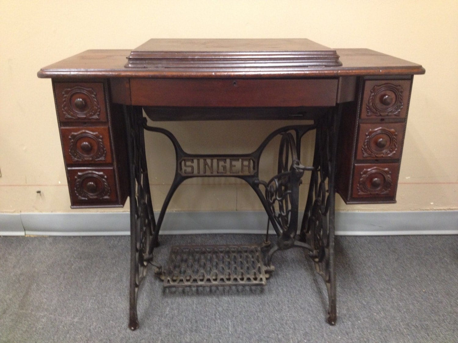 singer treadle sewing machine value