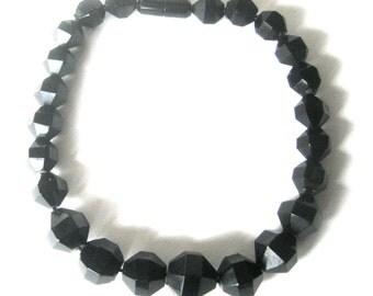 16-Inch Vintage Bakelite Choker/Necklace