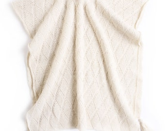 Women's knitted lambswool Poncho/shawl/sweater cardigan/cape/white/black/gray/pink